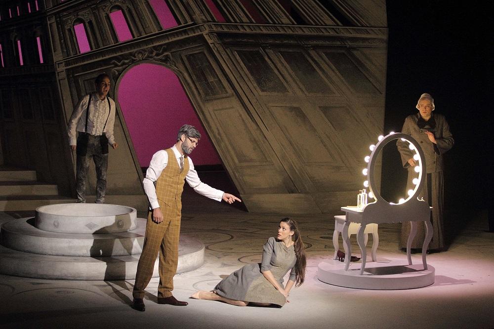 CritiqueForum Opéra Marianne Caprices Marseille Les De 3ALRq54j